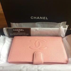 Chanel Vintage caviar skin cc Wallet